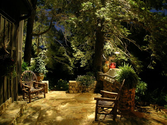Landscape lighting ideas for your patio deck u0026 outdoor living area in Rochester New York & LED(Landscapeu0026Outdoor)Lighting|Installers|Service|Contractors ...