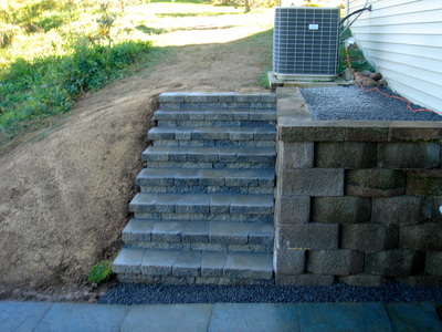 Rochester New York (NY) Retaining Wall & Steps Installed