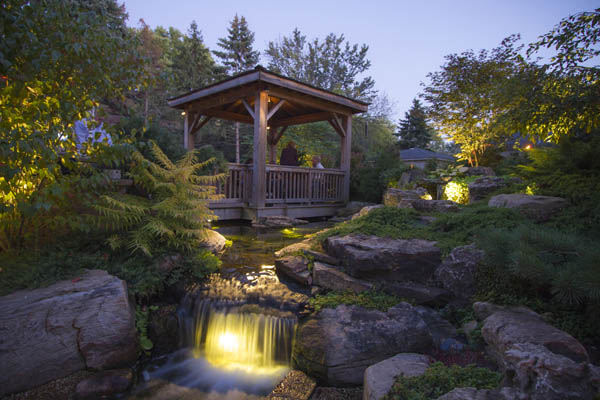 Pond & Underwater Lighting Services In Rochester (NY) New York Near Me